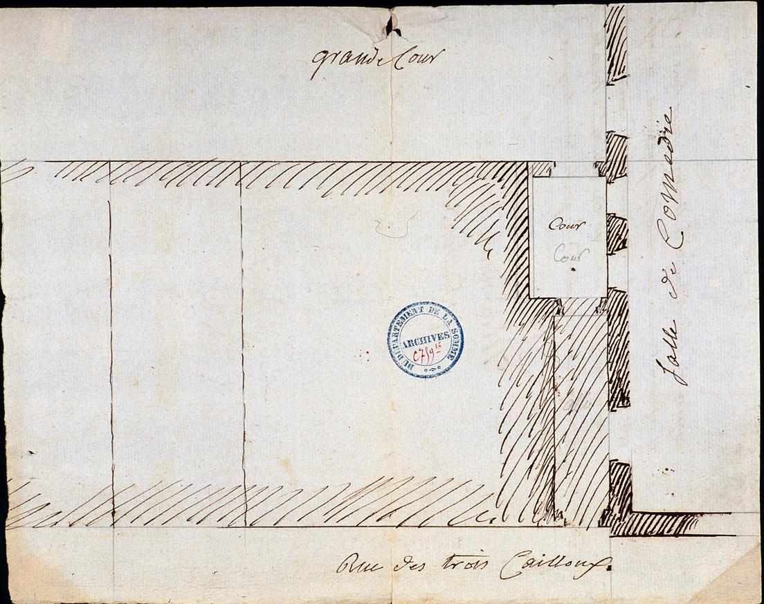 Logis du Roy à Amiens. Plan des fondations des bâtiments donnant sur la rue des Trois-cailloux, figurant le passage cocher et partie du théâtre