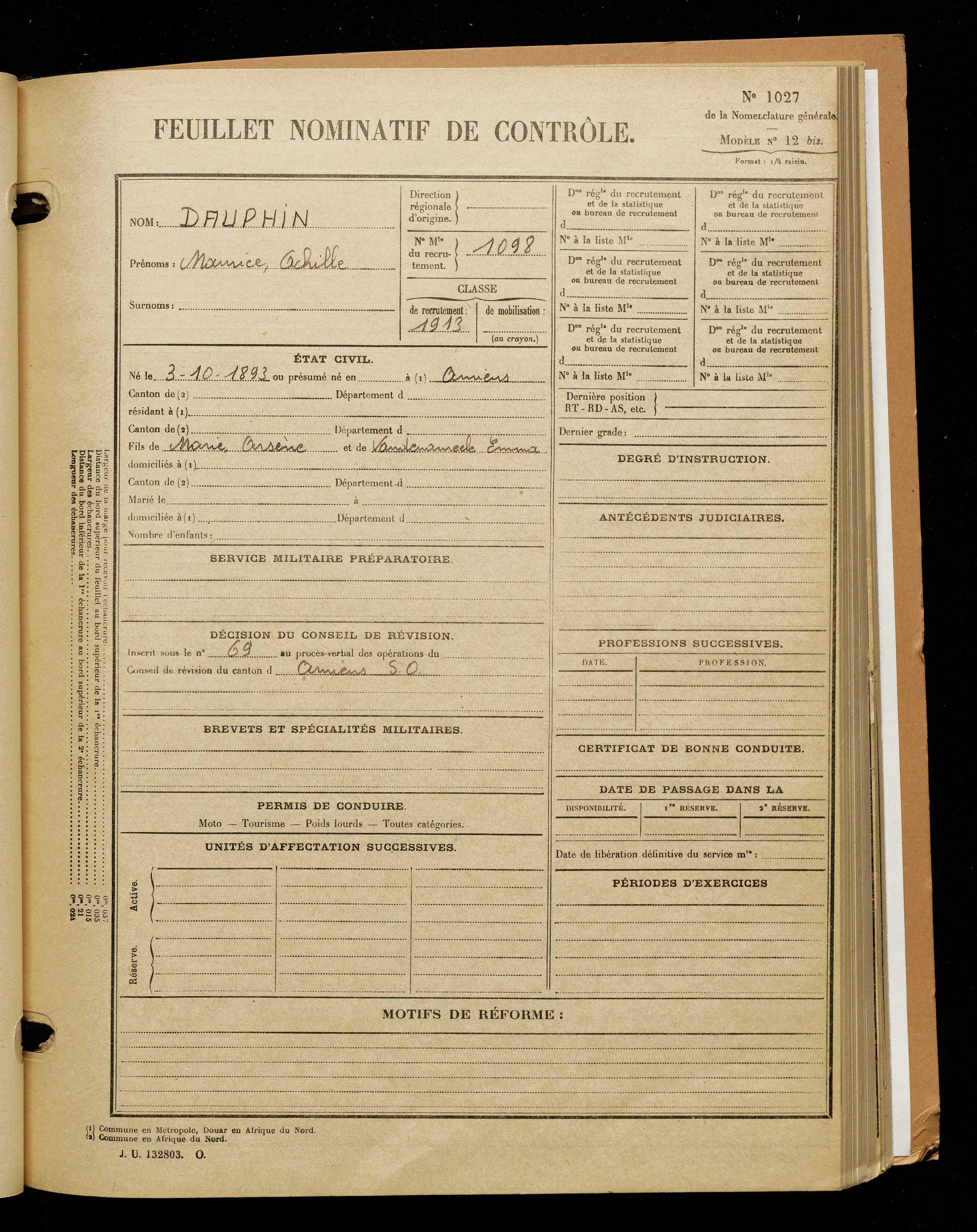 Dauphin, Maurice Achille, né le 03 octobre 1893 à Amiens (Somme), classe 1913, matricule n° 1098, Bureau de recrutement d'Amiens