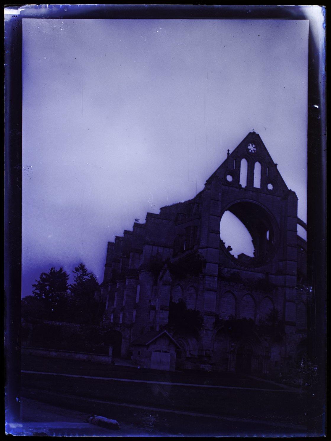 Longpont ruines vue prise sur place - septembre 1901