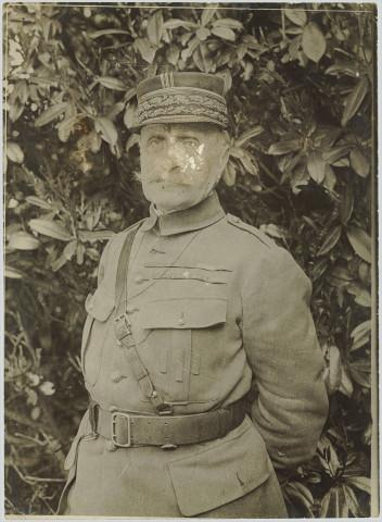 uniformă datând numărul de telefon britanic datând ab 16